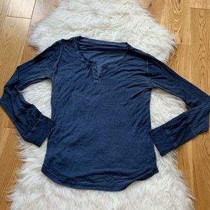 Holt Renfrew women long sleeve top size 4